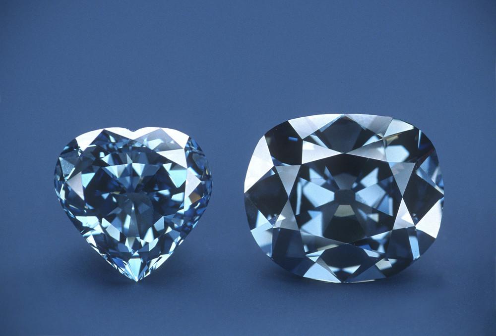 Blue diamond diamond